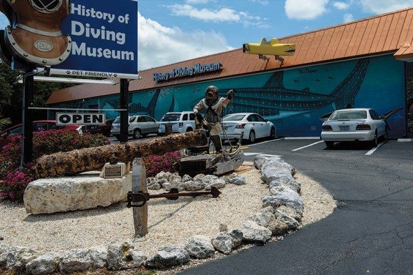 Scuba Diving | History of Diving Museum