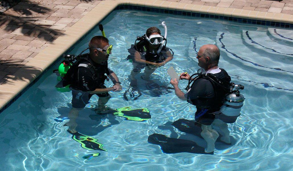 Scuba Diving | Scuba class - photo by Cathryn Castle