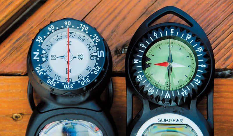 Underwater compass
