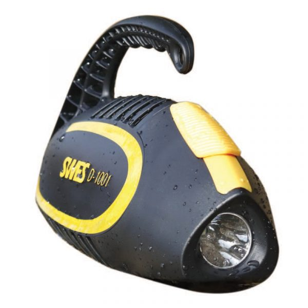 SWES Holdings dive light