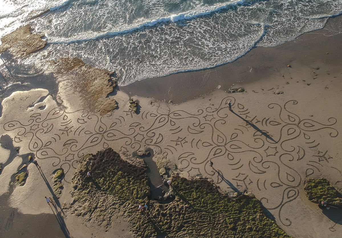 Aerial of Andres Amador's beach art.
