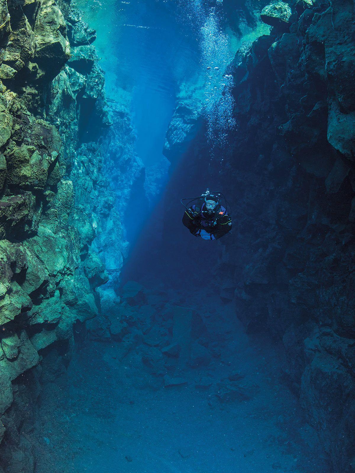 scuba diver in Iceland - Silfra crack