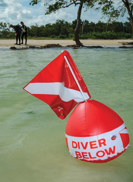 dive flag and float