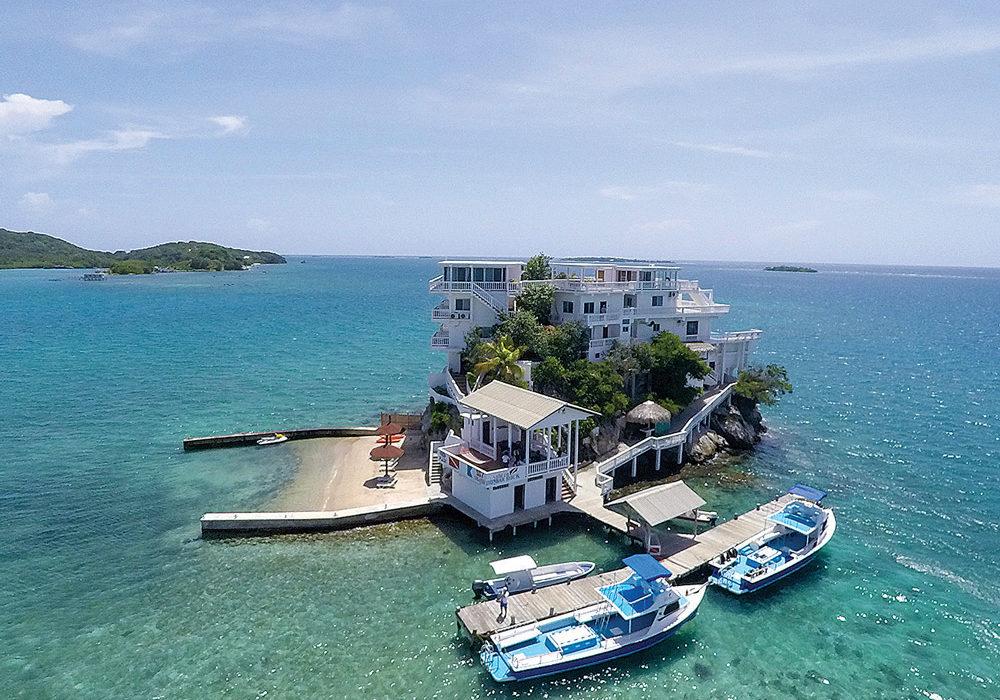 The Villa on Dunbar Rock, Bay Islands